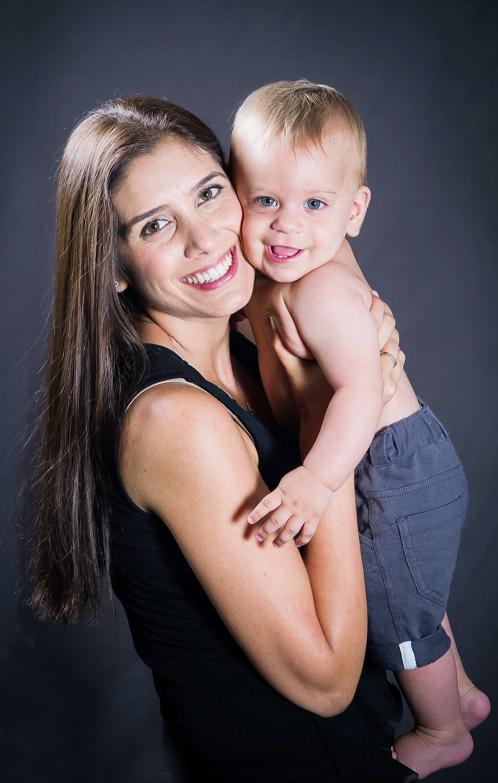 צילומי סטודיו אם ותינוק